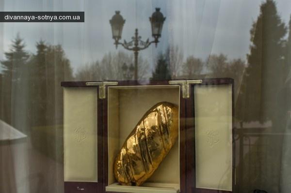 Золотой батон Януковича