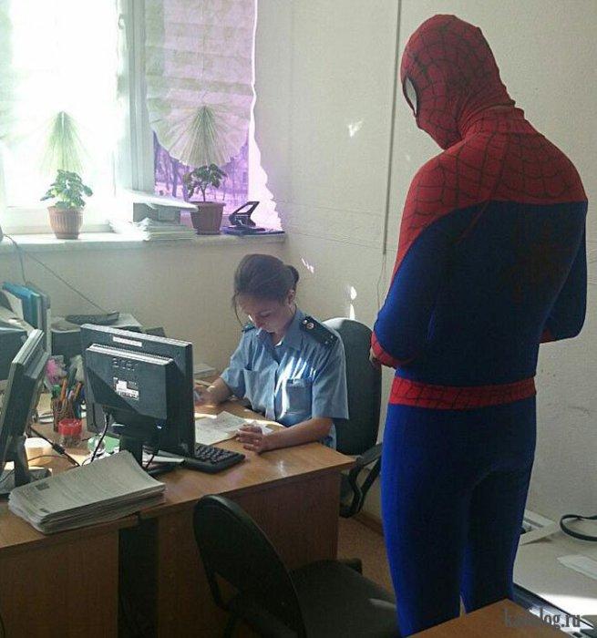 Русские милиционеры поймали Спайдермена