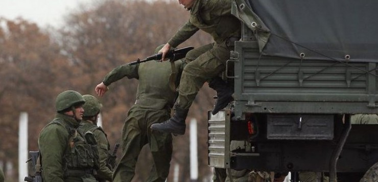 rossiyskaya-armiya-zelenyie-740x356